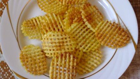 Рецепт домашних картофельных чипсов